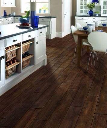 Love the porcelain tile that looks like hardwood!