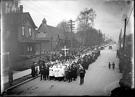 Procession along E Cordova St, 1900's