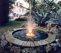 Fontane e giochi d'acqua, fontane artistiche, fontane musicali, fontane private e pubbliche, fontane assemblate, fontane per interni ed esterni