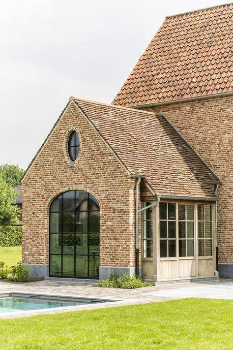 Uitbouw landelijk huis
