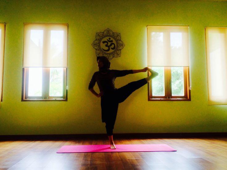 www.informasiyoga.com/jengnad  #ashtanga #yoga