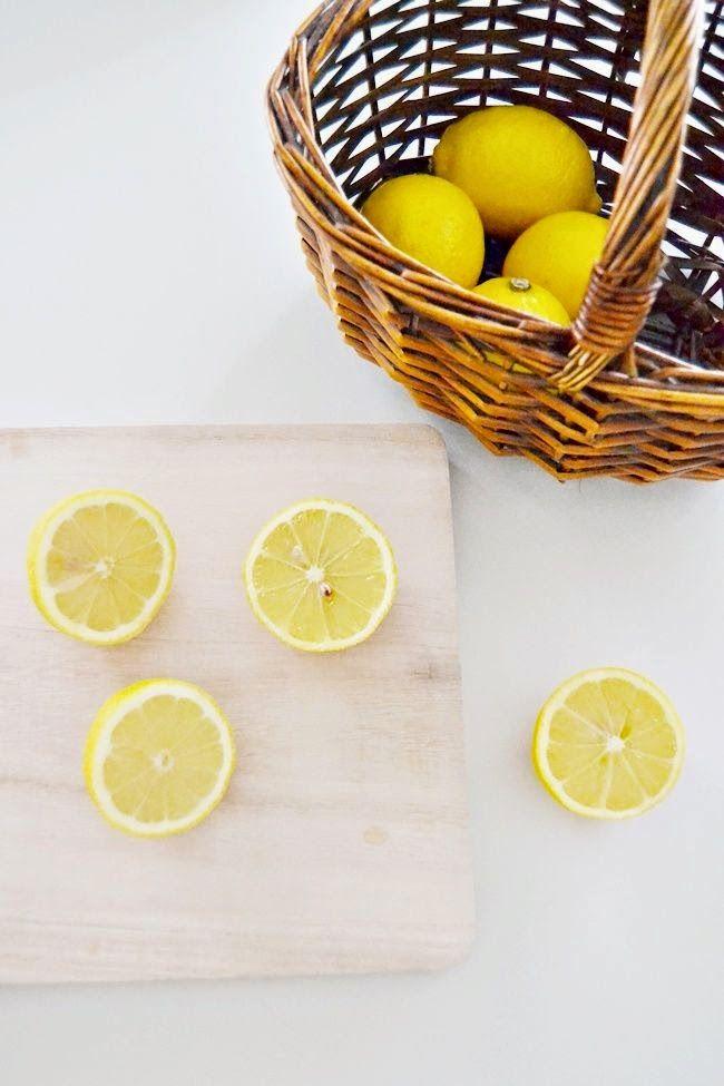 Agua de limón para una primavera luminosa.