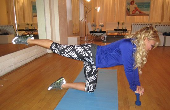 She does Jennifer Lopez's legs so we all need to pay attention!! --Tracey Anderson Leg Workout --