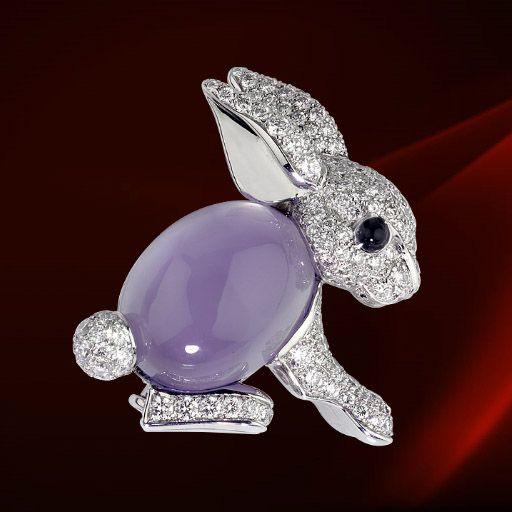 Cartier Rabbit Brooch. White gold, diamonds, chalcedony, onyx.