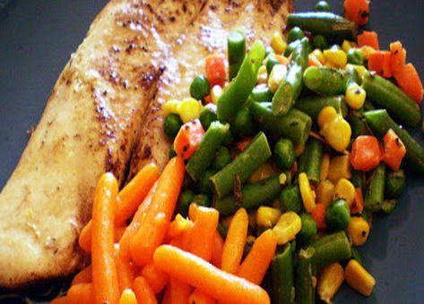 Una fácil y deliciosa Receta Chilena de Reineta a la Mantequilla, ideal para acompañar con una guarnición de vegetales surtidos, Arroz blanco graneado o Puré de papas.