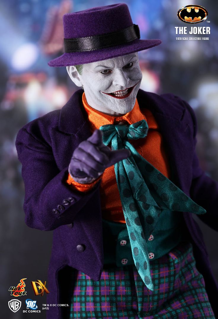 Hot Toys : DX Joker Collectible Figure from the 1989 movie Batman directed by Tim Burton. Presented in 1:6th scale and featuring the likeness of renowned actor Jack Nicholson, The Joker Collectible Figure is truly movie-accurate, highlighting the highly detailed head sculpt with Parallel Eyeball Rolling System (PERS), sophisticated costume and accessories. Authentic and detailed fully realized likeness of Jack Nicholson as The Joker from the 1989 Batman movie.