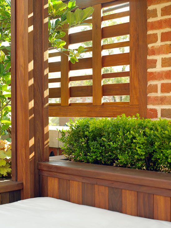 447 best images about partitions privacy fences on for Privacy wall planter