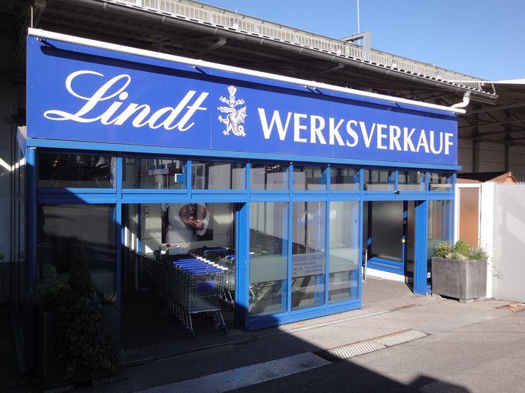 Eingang zum Lindt Werksverkauf #Aachen  http://www.ausflugsziele-nrw.net/lindt-werksverkauf-aachen/