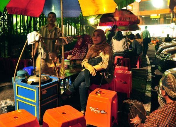 Surga Kuliner Jakarta di Malam Hari