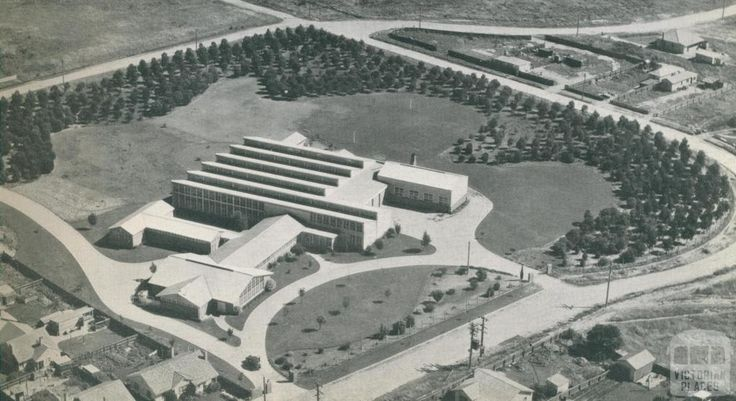 La Mode Industries plant, Morwell, c1952