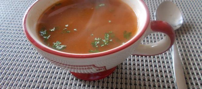 Oma's Tomatensoep Met Vermicelli En Gehaktballetjes recept | Smulweb.nl