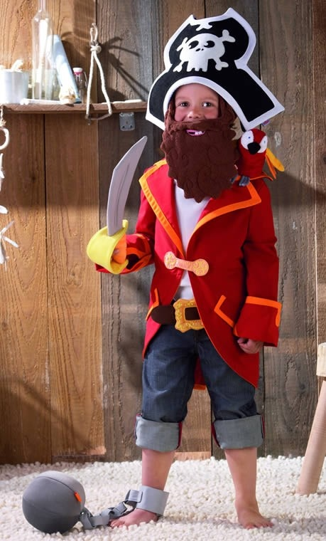 Arr!! HABA's Captain Charlie costume is a pretend play gem!