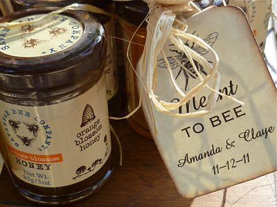 'Meant to Bee' gift tag with a jar of Savannah Bee Company