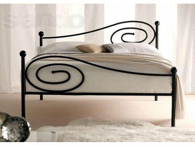 Best 25+ Wrought Iron Beds Ideas On Pinterest