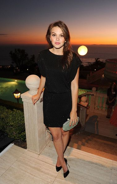 Aimee Teegarden attends the 2011 Annual Oceana SeaChange Summer Party at Villa di Songi on October 1, 2011 in Laguna Beach, California. - SeaChange Summer Party To Benefit Oceana - Inside