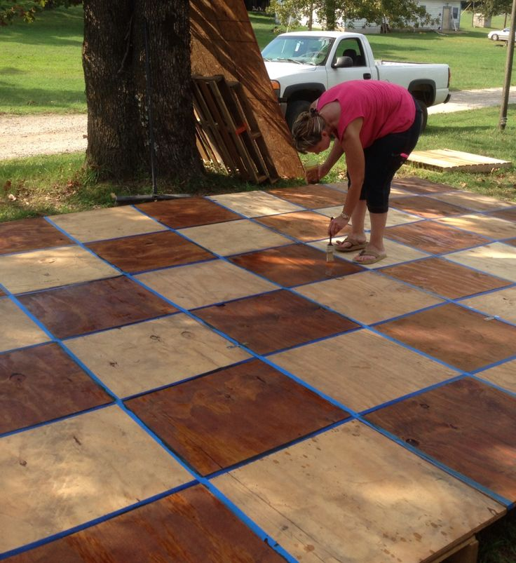 Build for the wedding, dance floor out of pallets