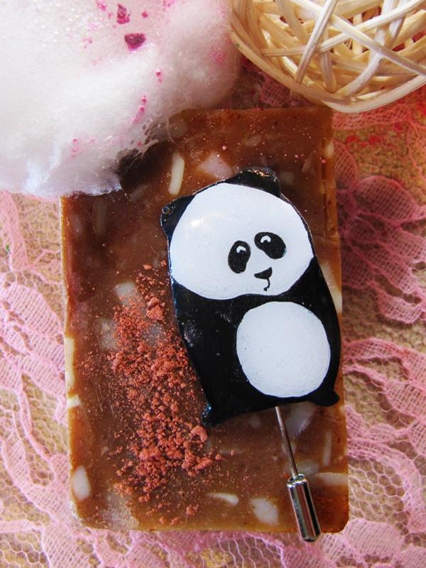 panda - pin