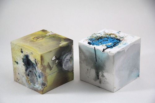 two porcelain saggared boxes 2012