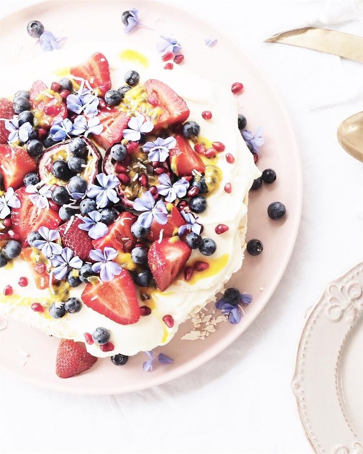Looking forward to stepping on the scales after the holidays 😐. But let me tell you, this pavlova went down a treat! 🍓🌸🍇🍰