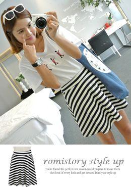 Today's Hot Pick :[Romi]ボーダーキリカエフレアスカート http://fashionstylep.com/SFSELFAA0014603/romi00ajp/out 夏色のフレアスカートです。 たっぷりとしたフレアラインがとびきり女らしい♪ ミニマルな丈感が可愛らしい雰囲気に仕上がってます。 マリンコーデの鉄板スタイルホワイト×ネイビーのボーダー柄★ フェミカジ系コーデにおすすめ★ ◆1色: ネイビー
