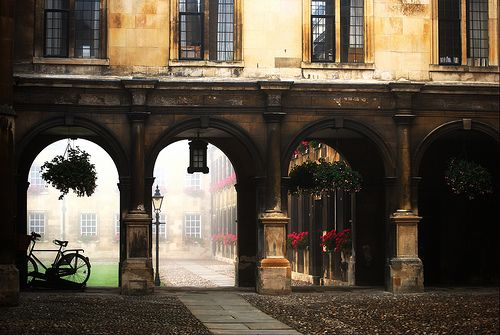 Cambridge, EnglandColleges, Cambridge England, Closets, Arches, Buildings, Architecture, Places, England Uk, Courtyards