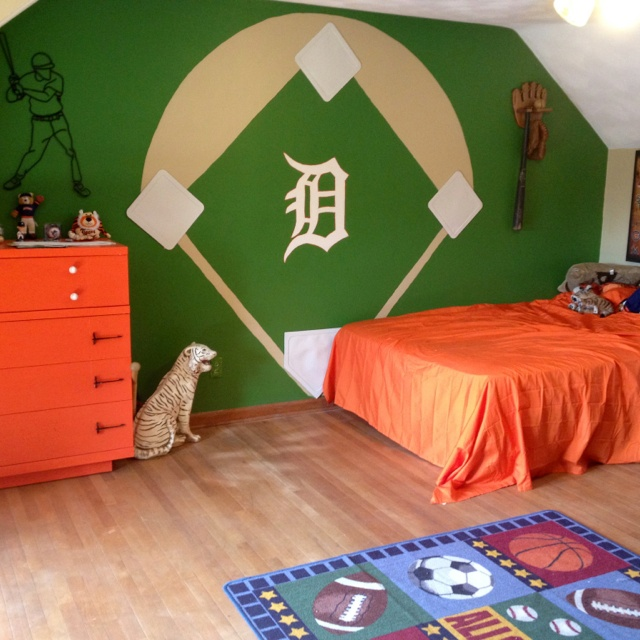 My 10 year d sons Detroit tiger room we painted. 17 best Detroit Tigers Bedroom Decor Ideas images on Pinterest