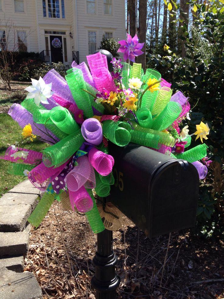 Spring deco mesh mailbox cover