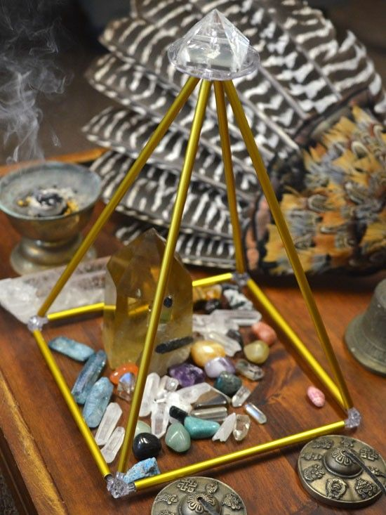These Energizing & Healing Pyramids are powerful energy tools for energizing and recharging your jewelry and crystals. The pyramid energy aims to recycle stagnant, negative energy into light, flowing positive energy, creating a powerful vortex of energy underneath it. #pyramid