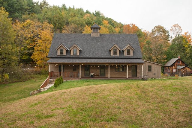 Metal Building Farmhouse W Timber Siding 6 Pictures
