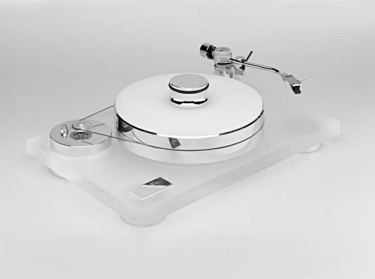 The entry level Rossini turntable from Transrotor. High-End Audio Audiophile Vinyl Record