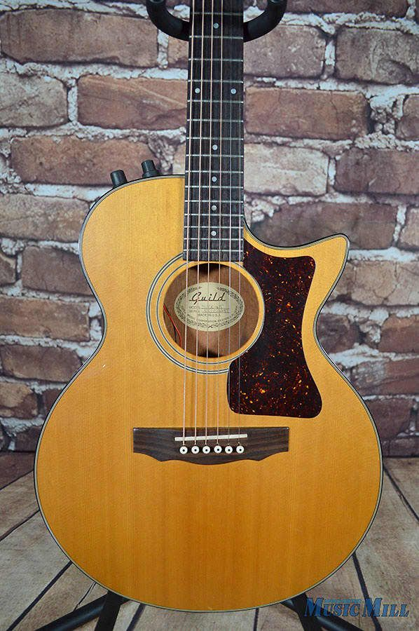 """Up for sale is this 1993 Guild S4CE-NT, """"Songbird"""" thinline acoustic electric. This Westerley USA made Guild is pretty hard to find and a very cool guitar! These guitars were used by Eric Clapton, Barry Gibb, and many others! The Songbird features an X braced solid spruce top over a chambered, t..."""