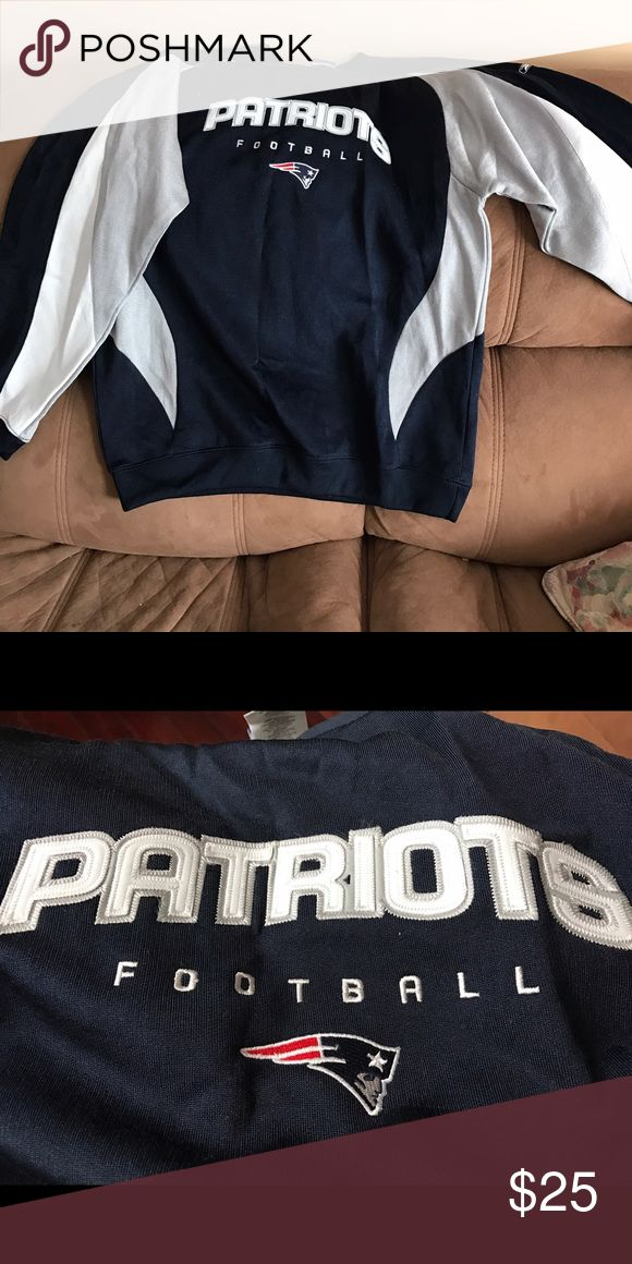 PATRIOTS Crew Sweatshirt Size XL Embroidered From your 4 Time Super Bowl Champion New England PATRIOTS.  This Crew Sweatshirt Size XL, 80% polyester and 20% algodon (Smooth shine) was bought at the Patriots Pro Shop  at Gillette Stadium.   Embroidered and stitched 'Patriots Football' with Elvis logo head. Tickets still attached, pristine Condition, brand new, excellent condition. Reebok Shirts Sweatshirts & Hoodies