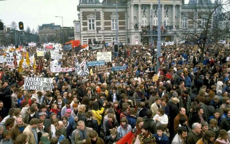 Vredesdemonstratie 1981 Amsterdam