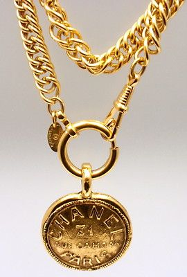 Vintage gold chanel necklace