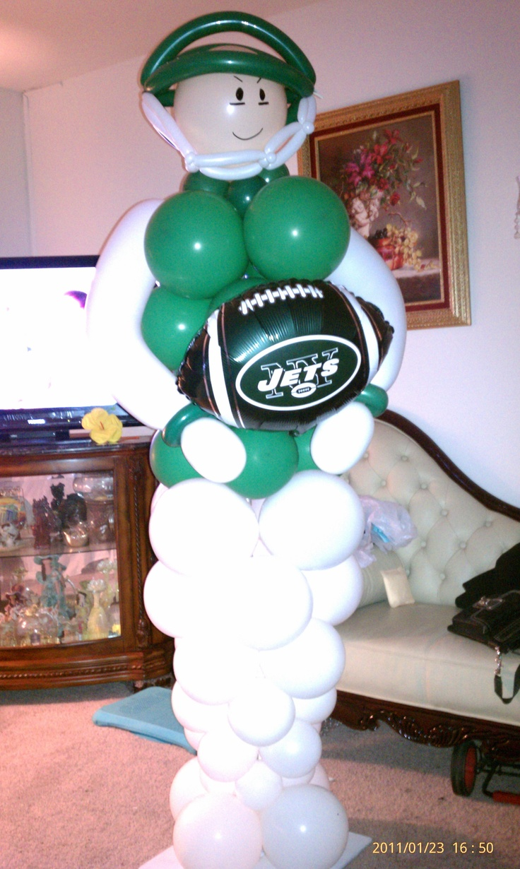 JETS FOOTBALL PLAYER balloon sculpture. interested, check us out on FaceBook @ NYC balloon squad