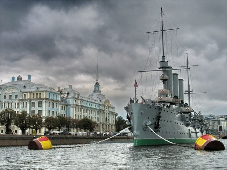 Военные музеи Петербурга и окрестностей