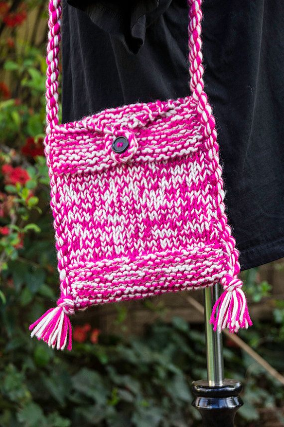 Knitting Bag Pattern Pinterest : Best 20+ Hand knit bag ideas on Pinterest Knitted bags, Knit bag and Croche...