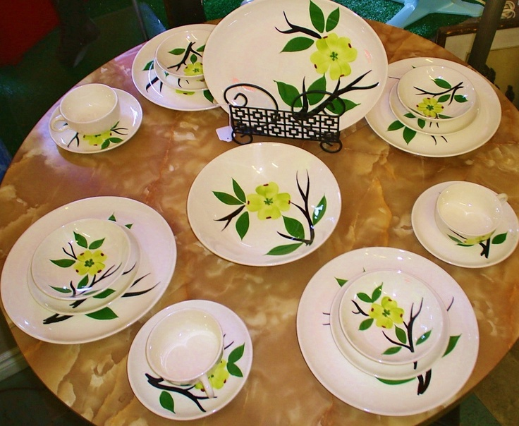 Lovely set of 1940\u0027s \ Dixie Dogwood\  handpainted ovenproof dinnerware inidually priced. & 103 best Dixie dogwood dishes/blue ridge potteries images on ...
