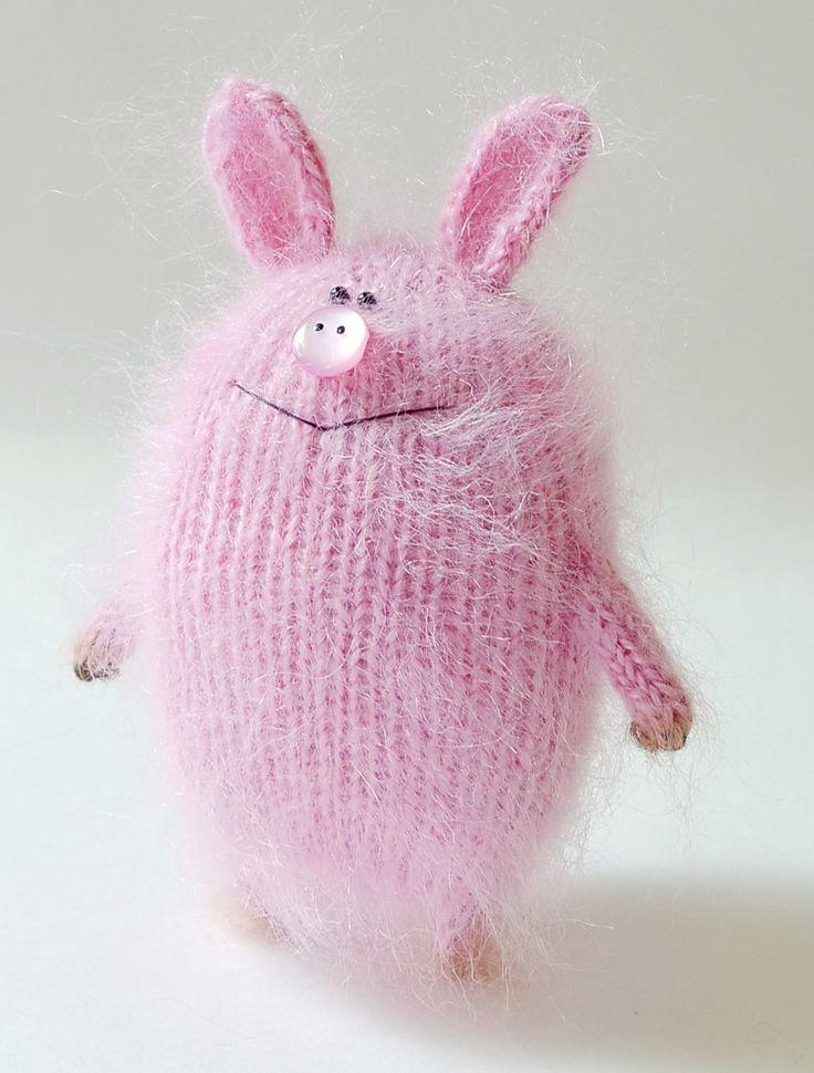 Pink Piggy toy - Hand-knitted Amigurumi Pig Toy Miniature Wool Piggy Dolls…