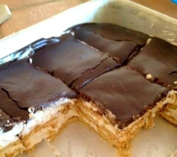 No bake sChocolate Chips, Baking S More, Aka Ice, Boxes Cake, S More Cake, Smores Cake, Graham Crackers, Ice Boxes, Baking Smores