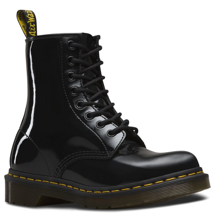 les 25 meilleures id es de la cat gorie dr martens bottes sur pinterest bottes doc martens dr. Black Bedroom Furniture Sets. Home Design Ideas