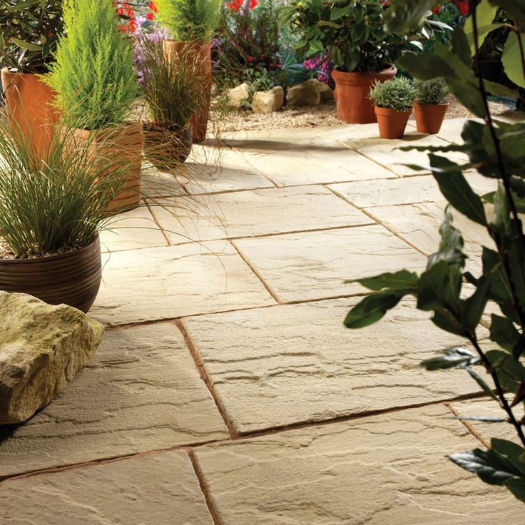 Ashbourne Antique Paving Slabs - Bradstone | Simply Paving