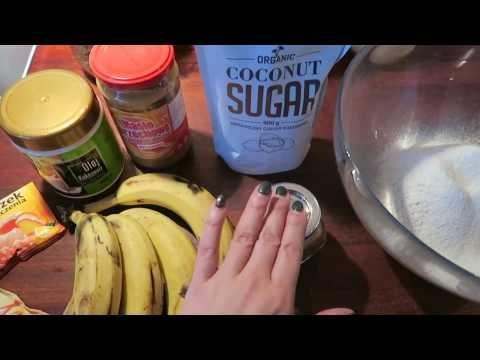 Ciasto bananowe z orzechami (bez miksera) - Uwaga:moim zdaniem 1 szkl. cukru wystarczy