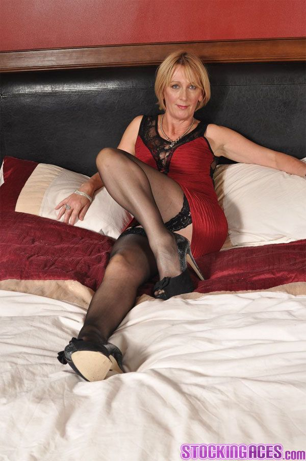 Mature wife in nylons