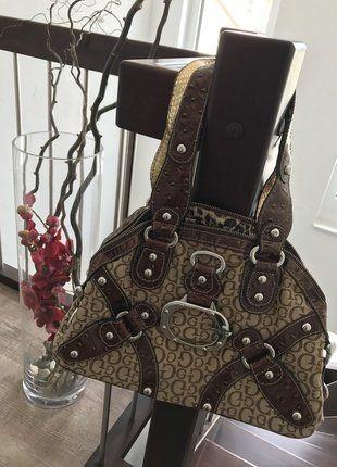 Kaufe meinen Artikel bei #Kleiderkreisel http://www.kleiderkreisel.de/damentaschen/handtaschen/151119860-guess-handtasche-braun-beige-gold