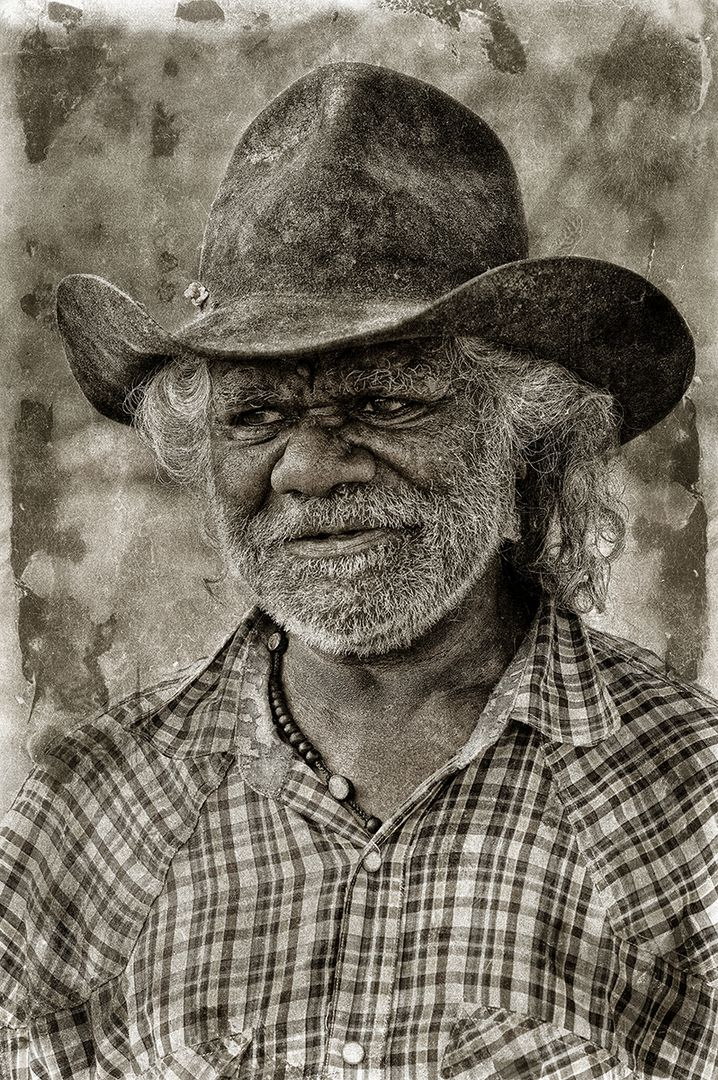 Aboriginal Photography by A.Professor Wayne Quilliam.  Indigenous photographic images representing Indigenous people.