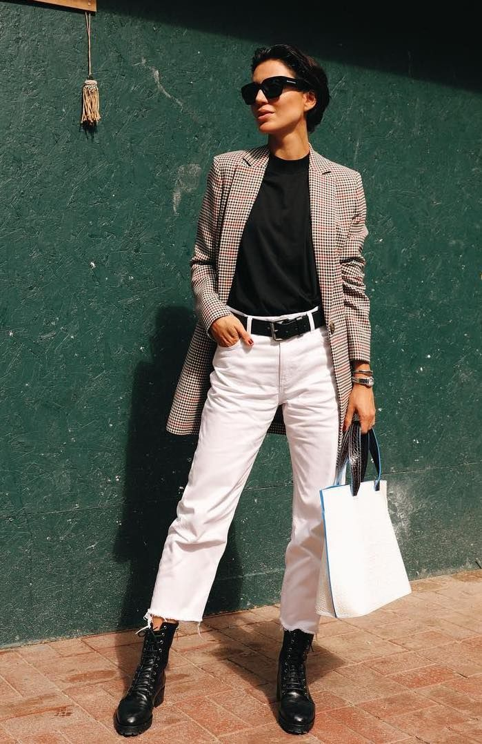 bb7e0035 20+ Ways to Style Your Jeans This Fall | Street Style | White jeans ...
