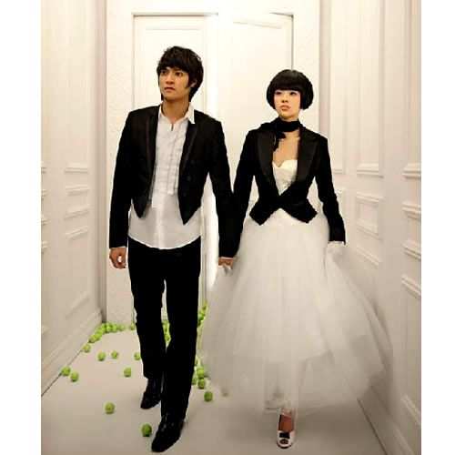 Elegant Non Traditional Couples Black and White Goth Wedding Dress Tuxedo Clothing Costumes SKU