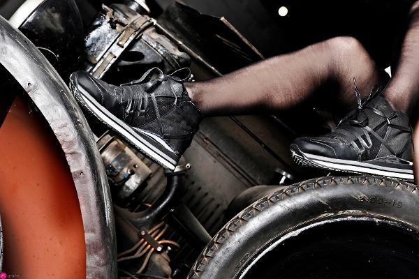 Aangeboden: Crime London zwarte leren sneaker met runner sole - €150,00
