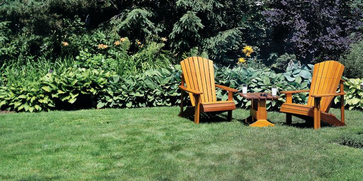 Step-by step plans to make the classiest lawn furniture around, with 3D animation and master-level blueprints